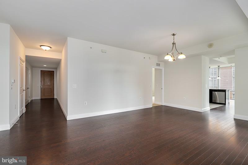 Living Room - 11990 MARKET ST #505, RESTON