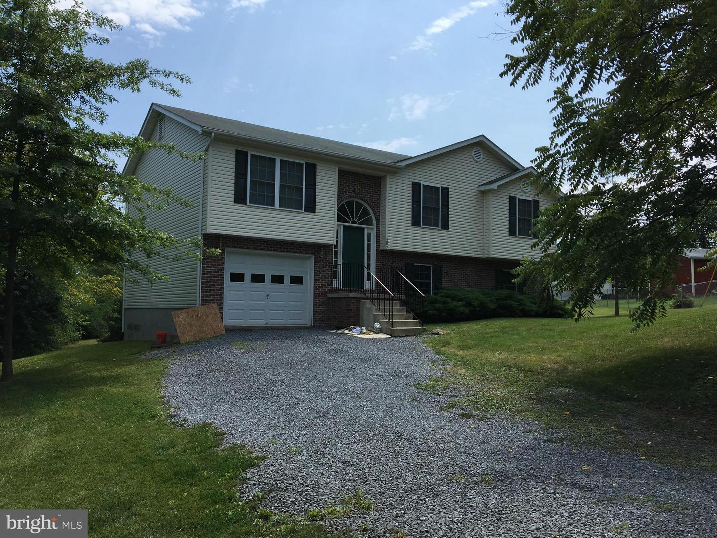 Other Residential for Rent at 209 Ridgefield Ave Stephens City, Virginia 22655 United States
