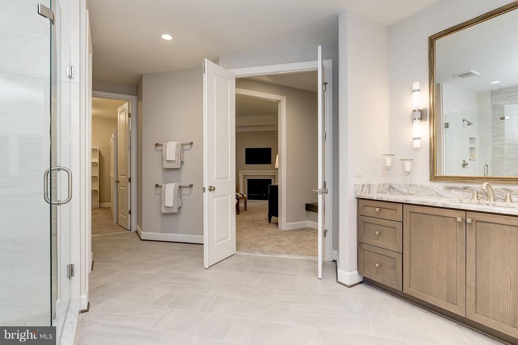 Model Home Photo | Owner's Bath - 10710 HARLEY RD, LORTON
