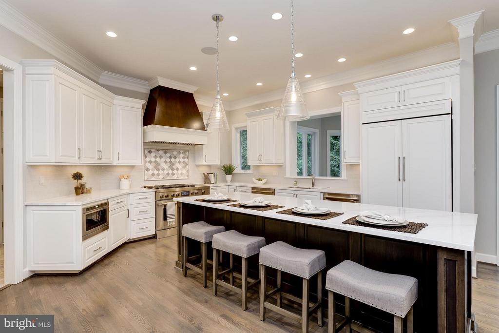 Model Home Photo | Enormous Counter Space - 10710 HARLEY RD, LORTON