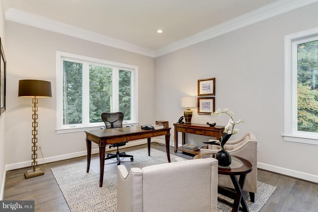 Model Home Photo |  Office on the Main Level - 10710 HARLEY RD, LORTON