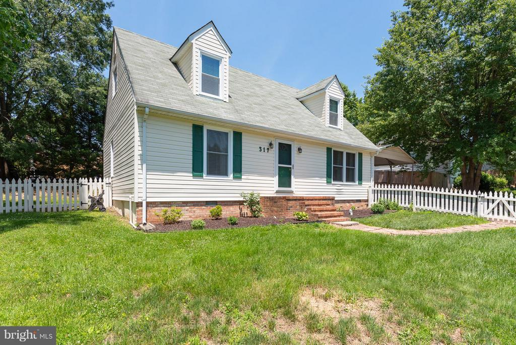 Do Not Miss the Opportunity to Own This Home! - 317 BURMAN LN, FREDERICKSBURG