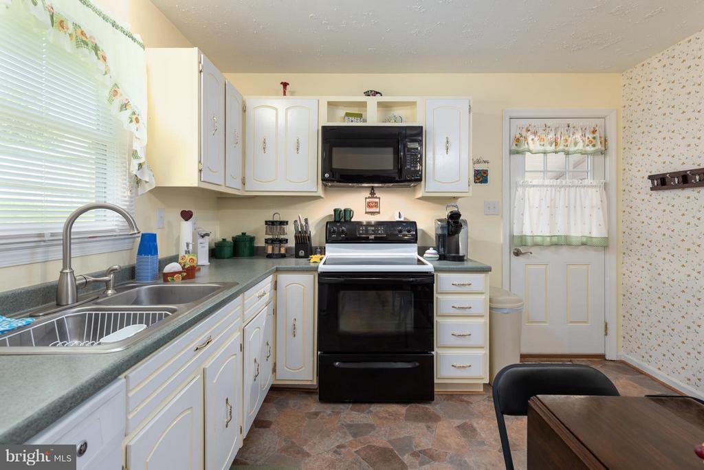 Coordinating Appliances - 317 BURMAN LN, FREDERICKSBURG