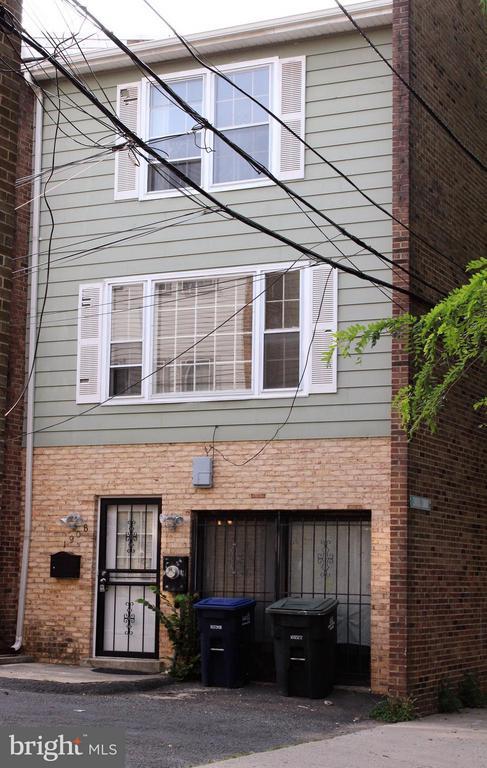 Exterior (Front) - 1908 CURTIS CT SE, WASHINGTON