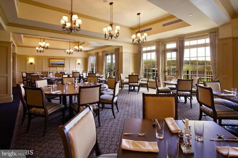 Clubhouse Dining - 40170 MONROE VALLEY PL, ALDIE
