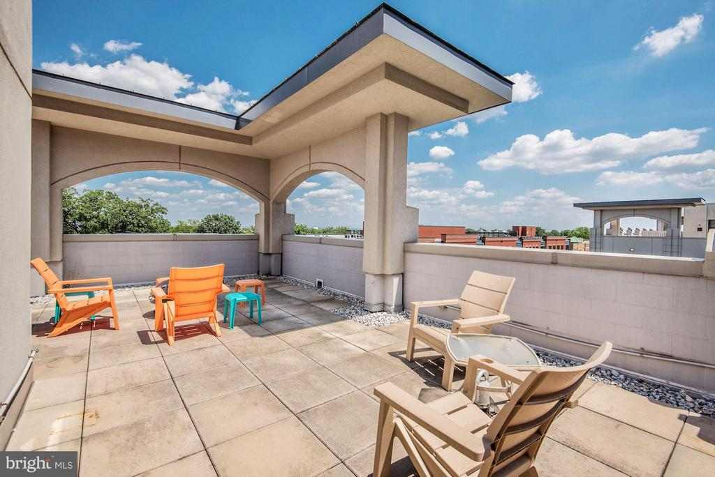 View - 1021 GARFIELD ST #711, ARLINGTON