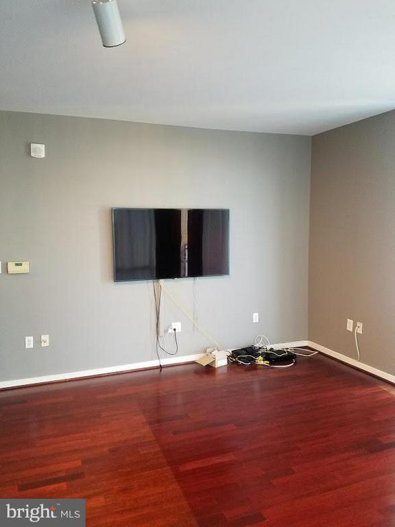 Living Room - 6506 AMERICA BLVD #703, HYATTSVILLE