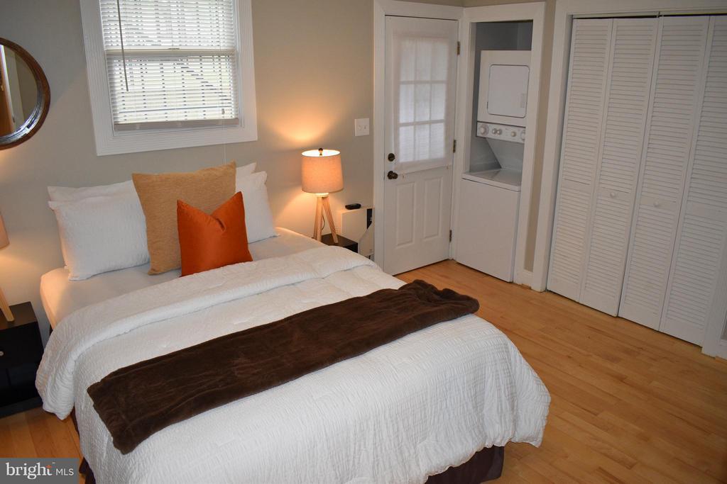 Bedroom (Master) - 300 OKLAHOMA AVE NE #101, WASHINGTON