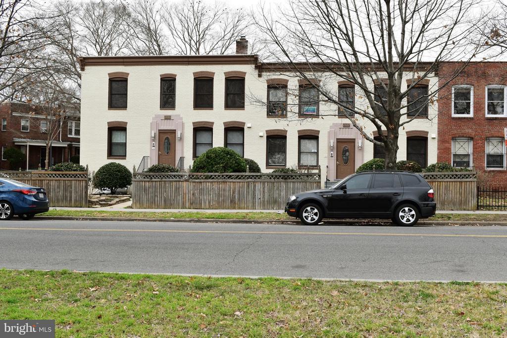 Exterior (Front) - 300 OKLAHOMA AVE NE #101, WASHINGTON