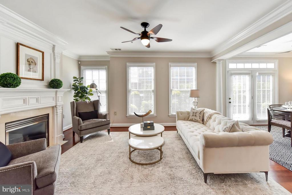 Formal Living Room is great for guests - 1115 CAMERON ST #405, ALEXANDRIA