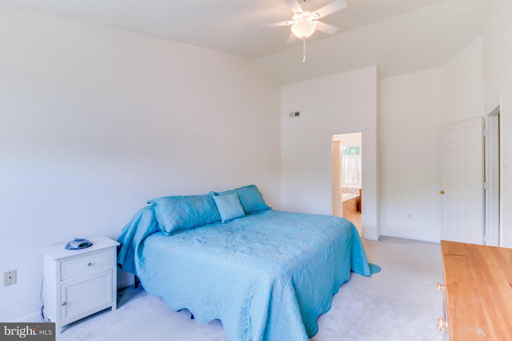Bedroom (Master) - 16 JASON CT, STAFFORD