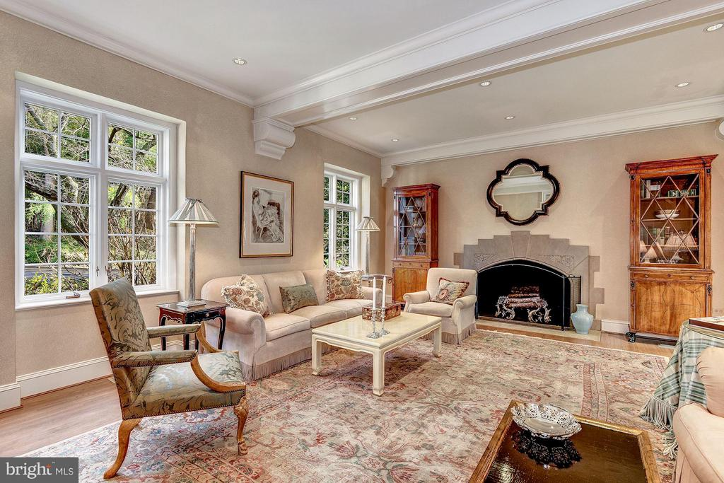 Living Room - 2718 32ND ST NW, WASHINGTON