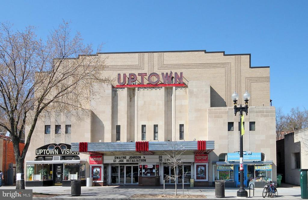 A Block to Uptown Movie Theater - 3601 CONNECTICUT AVE NW #312, WASHINGTON