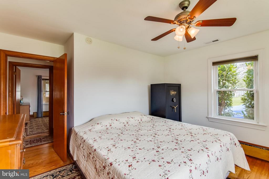 Bedroom (Master) - 9517 FAIRVIEW AVE, MANASSAS