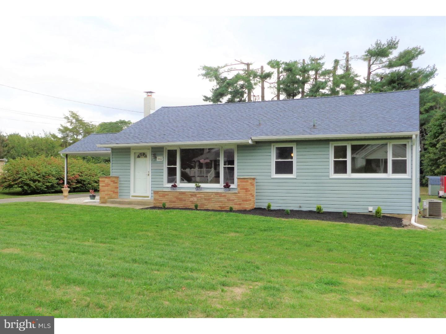 Single Family Home for Sale at 342 W ACADEMY Street Clayton, New Jersey 08312 United States