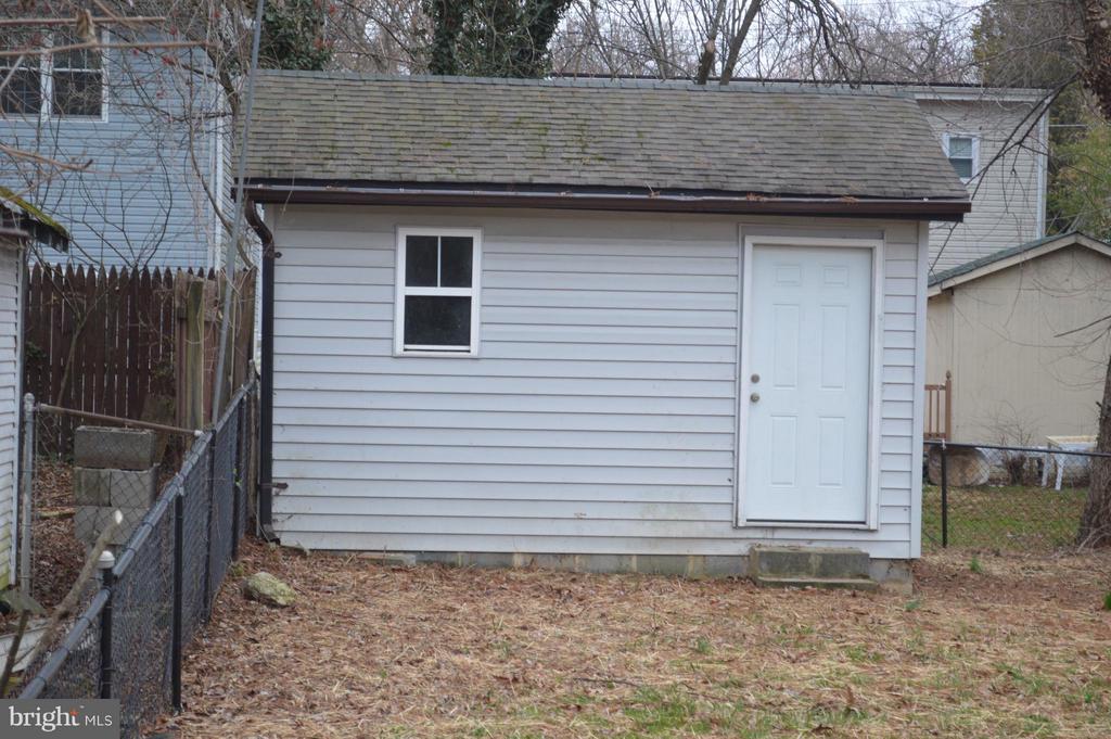 Large finished shed - 4206 31ST ST, MOUNT RAINIER