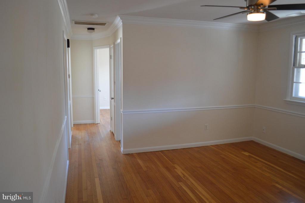 Living Room - 4206 31ST ST, MOUNT RAINIER