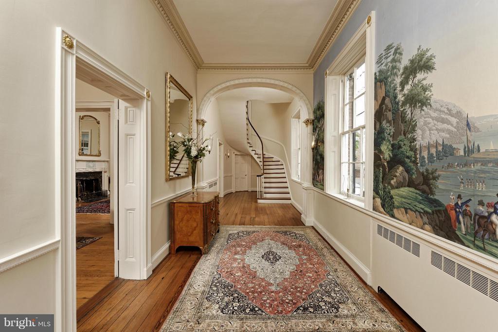 Breathtaking Entry Hall - 301 SAINT ASAPH ST S, ALEXANDRIA