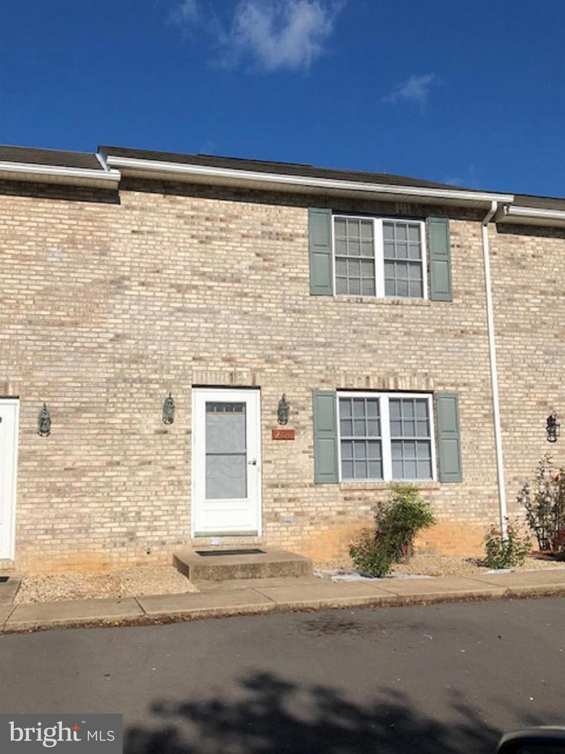 Other Residential for Rent at 204 Waterbrook Ct Woodstock, Virginia 22664 United States