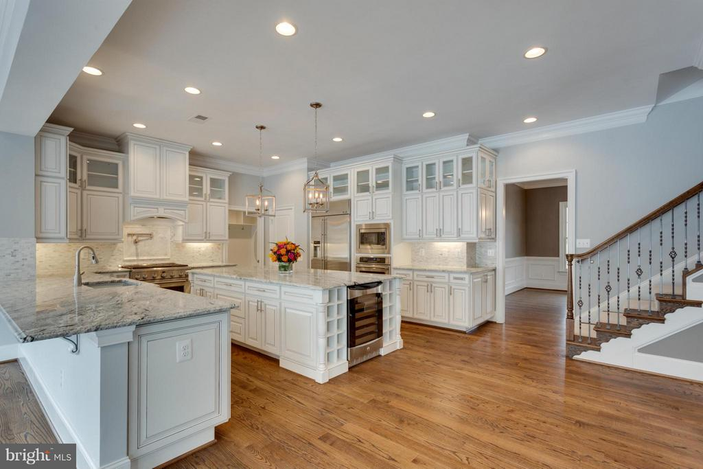 Kitchen - 3859 GANELL PL, FAIRFAX