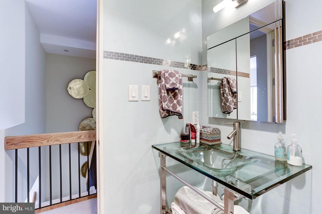 2nd bathroom - 3251 PROSPECT ST NW #412, WASHINGTON
