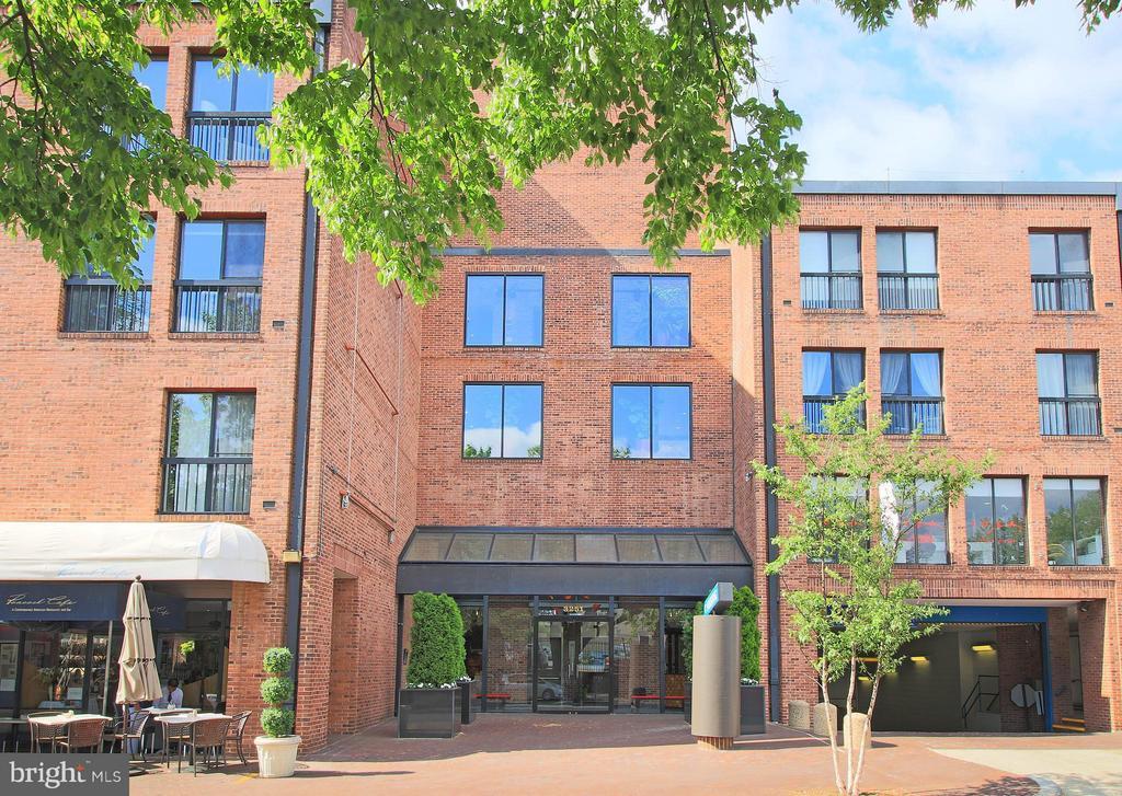 Madelon Condominium in the Heart of Georgetown - 3251 PROSPECT ST NW #412, WASHINGTON
