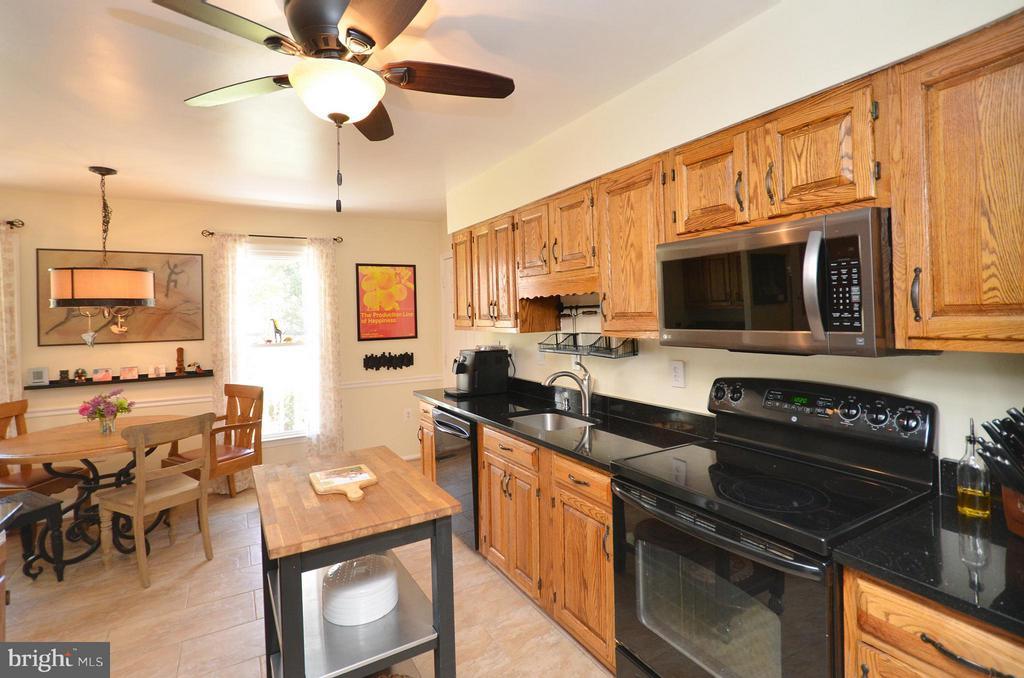Kitchen - 14490 LIGHTNER RD, HAYMARKET