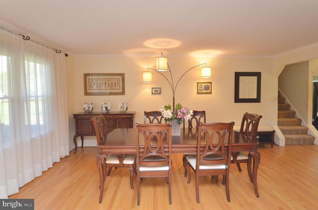 Spacious Formal Dining Room - 14490 LIGHTNER RD, HAYMARKET