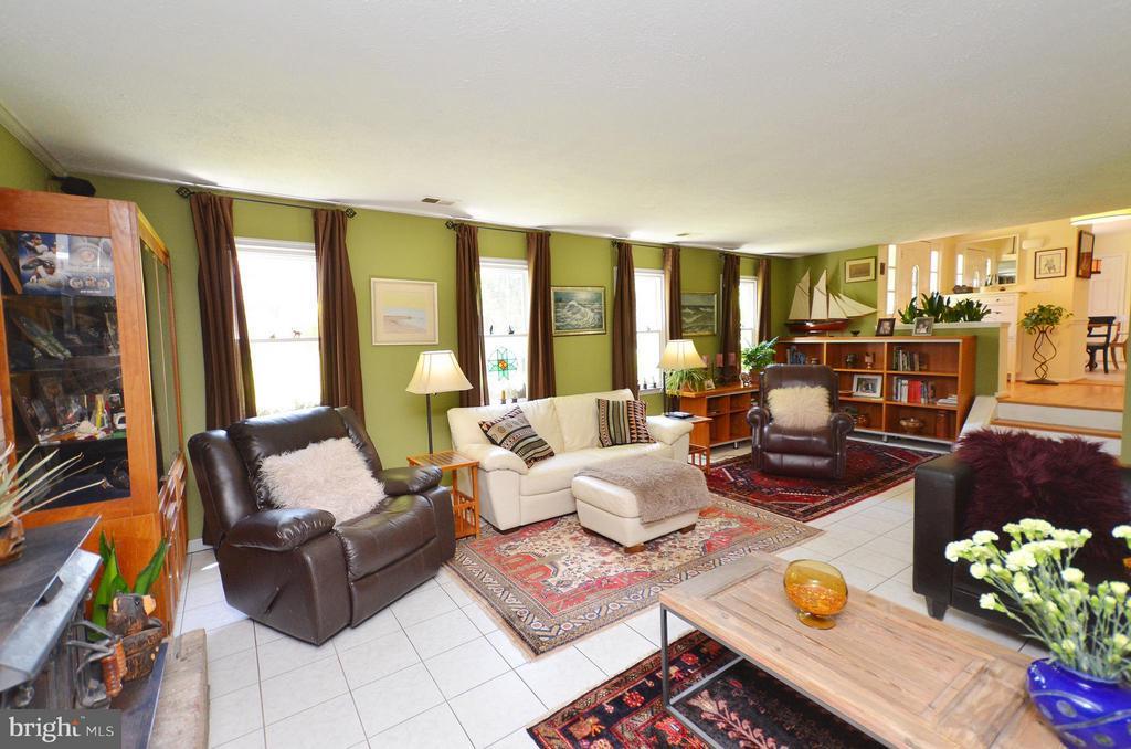 Family Room - 14490 LIGHTNER RD, HAYMARKET