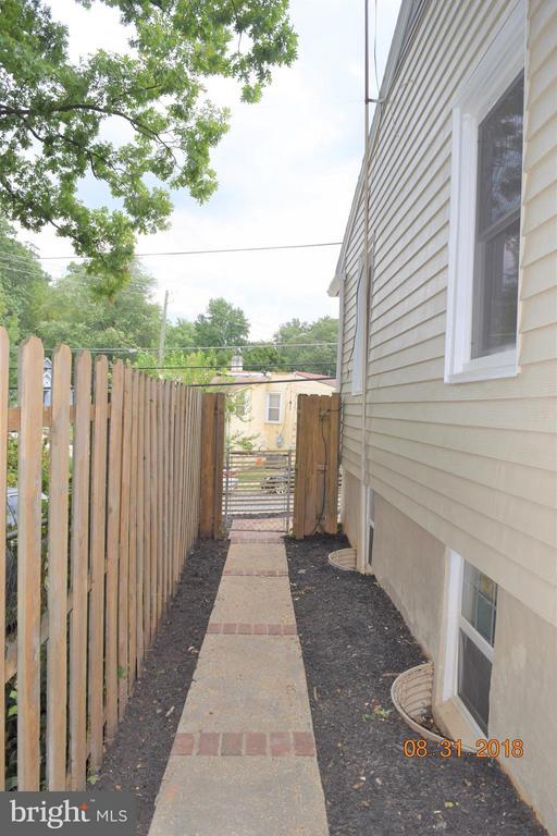 View - 516 70TH PL, CAPITOL HEIGHTS