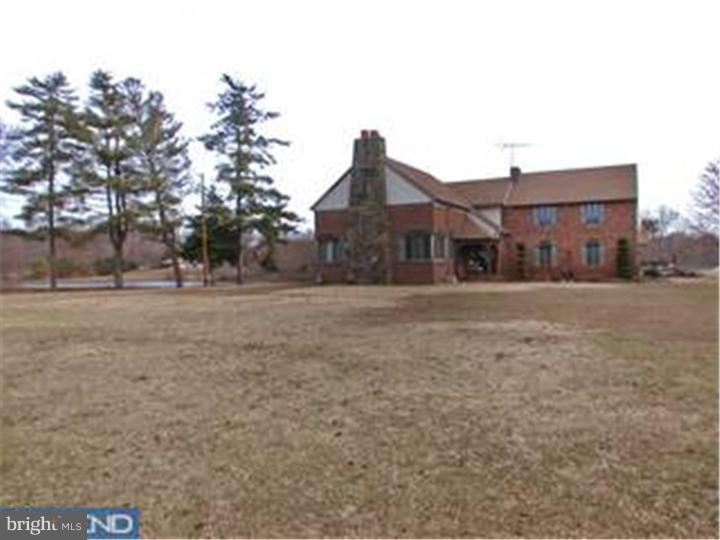 Additional photo for property listing at  Blackwood, New Jersey 08012 Hoa Kỳ
