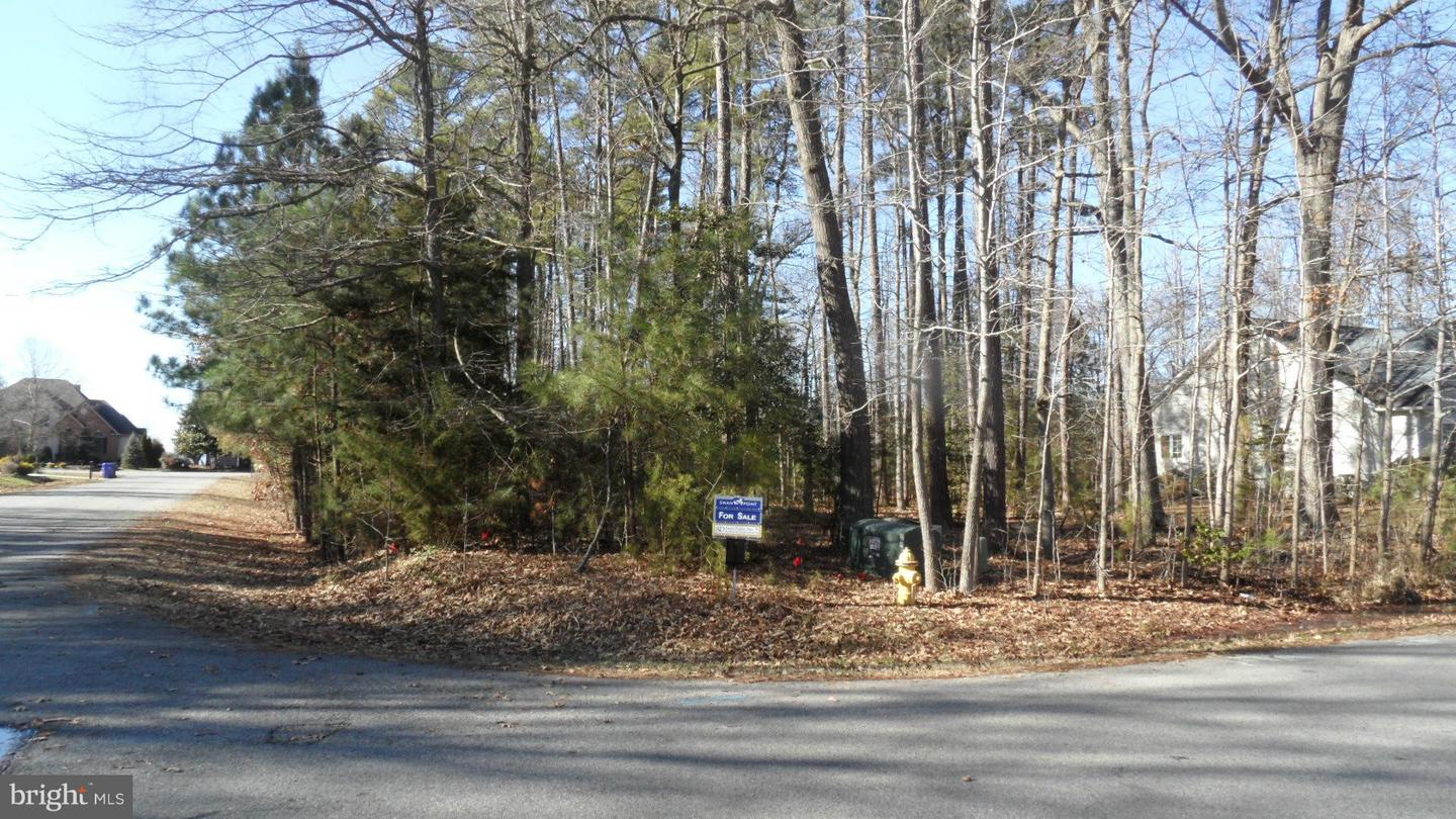 Land for Sale at 14790 Mohawk Dr Swan Point, Maryland 20645 United States