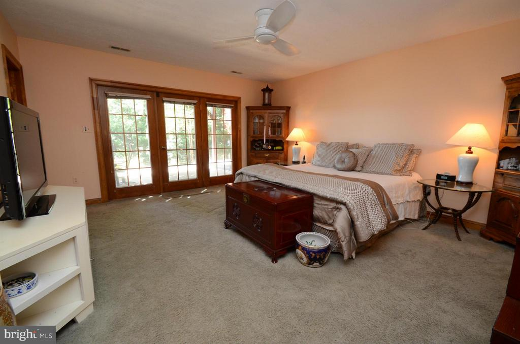 Lower Level Large Bedrooms with walkout to patio - 2808 DEEPWATER TRL, EDGEWATER