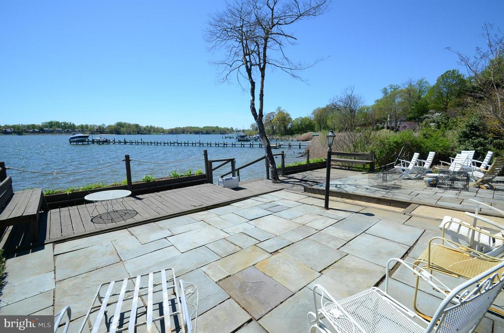 Waterside patio with spectacular river views - 2808 DEEPWATER TRL, EDGEWATER