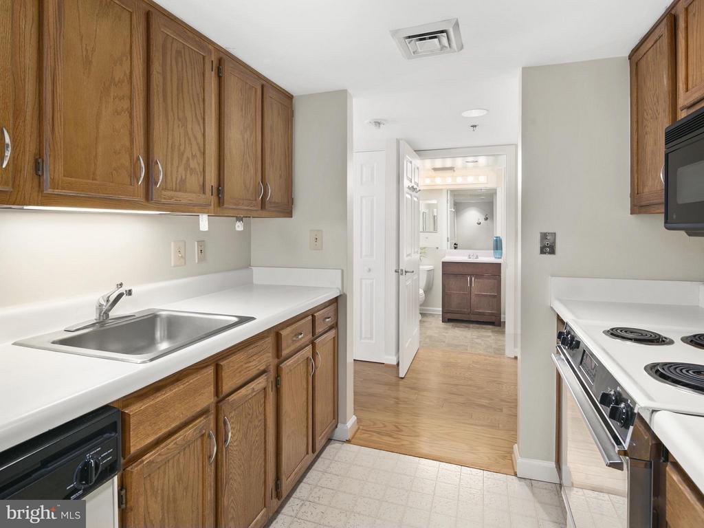 Kitchen - 900 TAYLOR ST #525, ARLINGTON