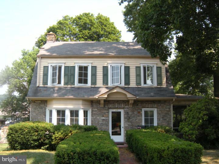 Enfamiljshus för Hyra vid 1329 OLIVE Street Coatesville, Pennsylvania 19320 Usa