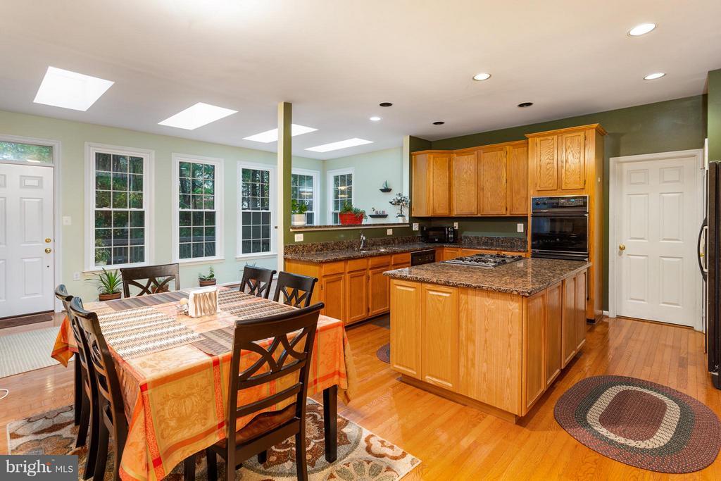 Kitchen - 46913 ANTLER CT, STERLING