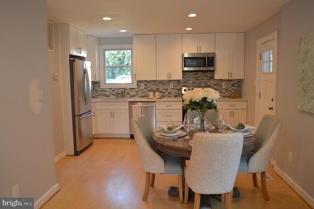 Kitchen and Dining Area - 816 51ST ST NE, WASHINGTON
