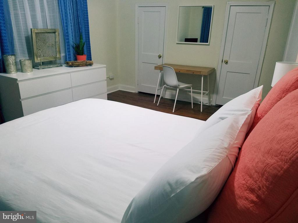 Mid Level Apt Bedroom #1 - 15 NEWMAN, ANNAPOLIS