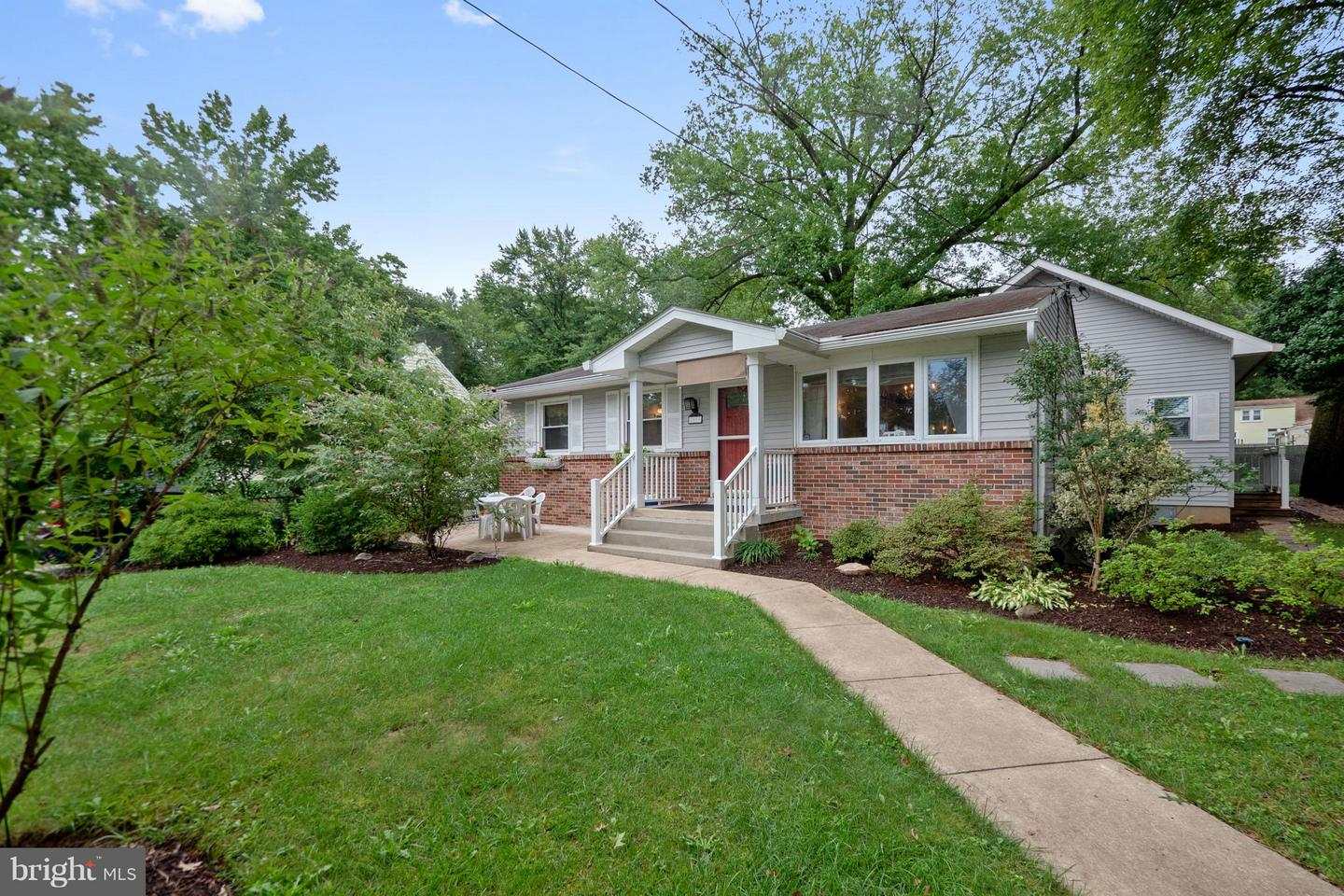 Single Family for Sale at 8503 Cunningham Dr Berwyn Heights, Maryland 20740 United States