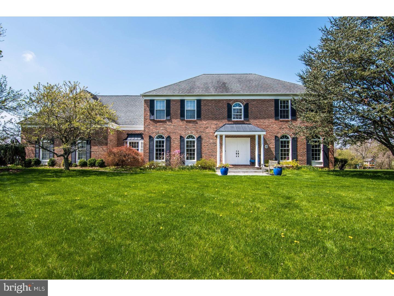 Maison unifamiliale pour l Vente à 8 HART Court Titusville, New Jersey 08560 États-UnisDans/Autour: Hopewell Township