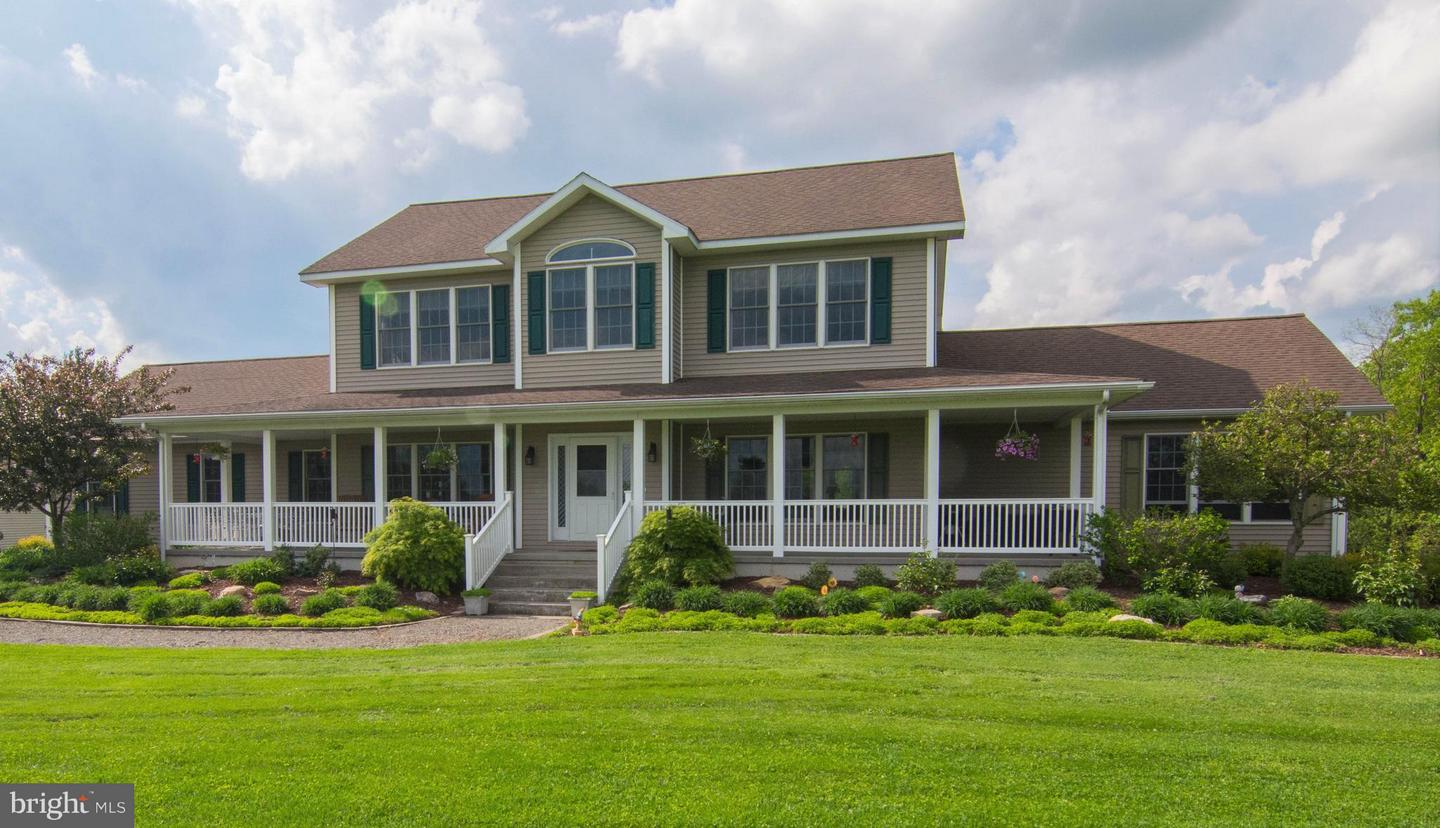 Single Family for Sale at 1271 Noah Frazee Rd Friendsville, Maryland 21531 United States
