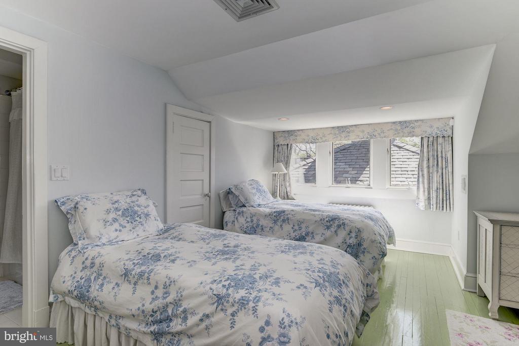 Bedroom 6 - 2727 34TH PL NW, WASHINGTON