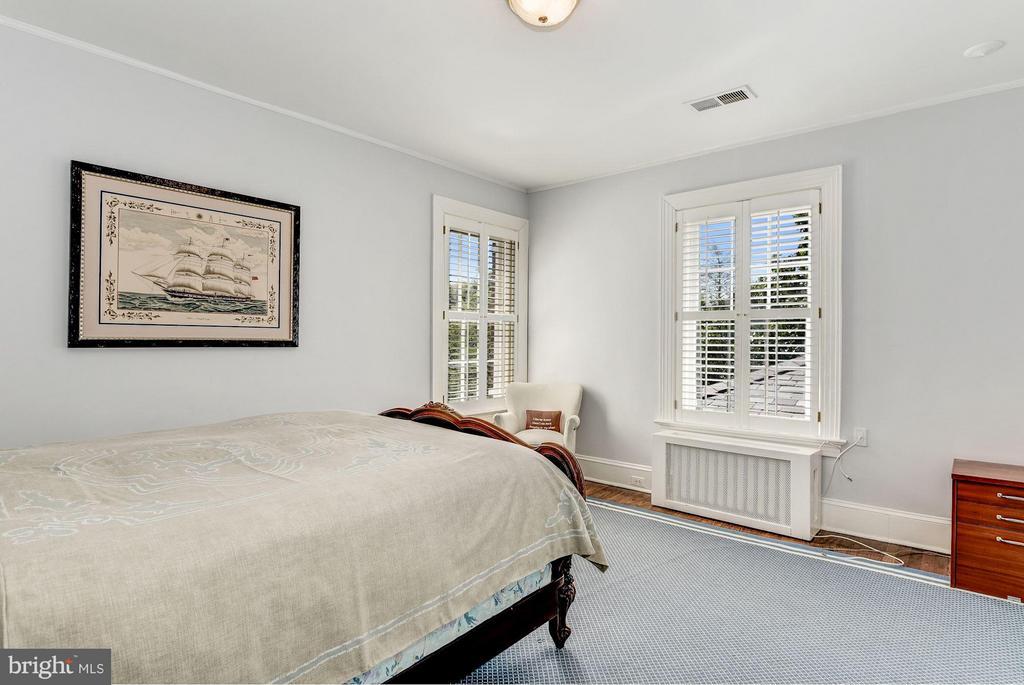 Bedroom 2 - 2727 34TH PL NW, WASHINGTON
