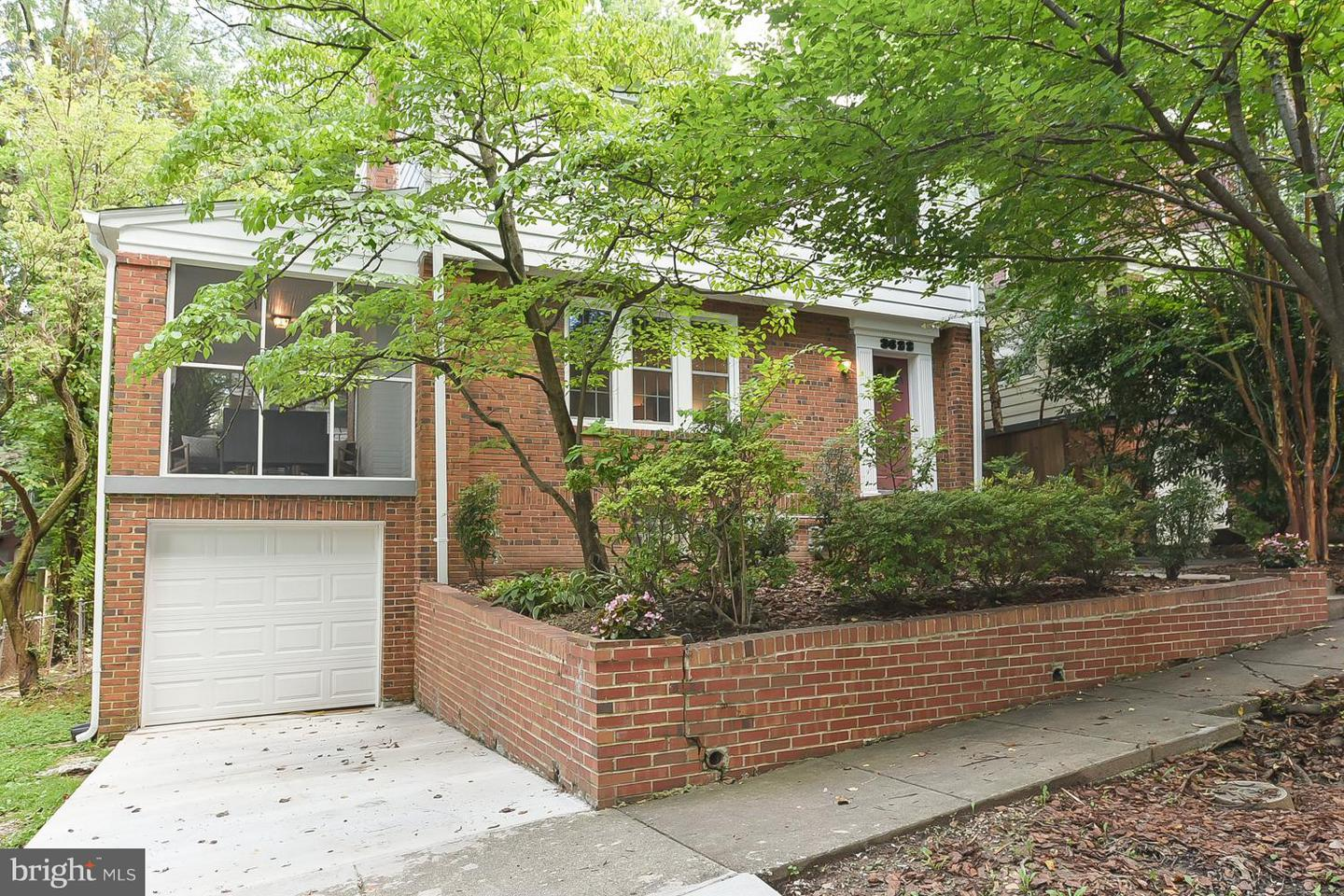Single Family for Sale at 3622 Jocelyn St NW Washington, District Of Columbia 20015 United States