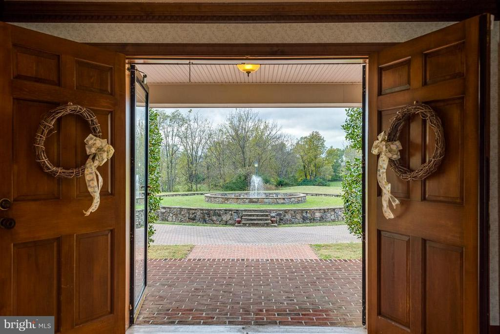 View from grand entry doors to water fountain - 6586 JOHN MOSBY HWY, BOYCE
