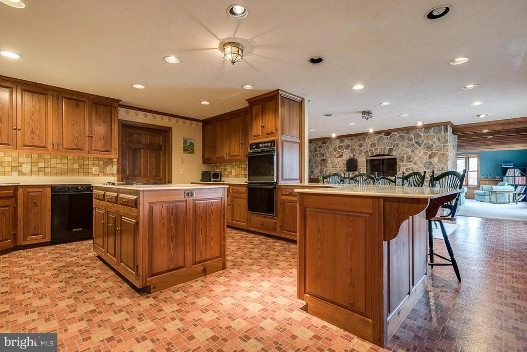 Kitchen - 6586 JOHN MOSBY HWY, BOYCE