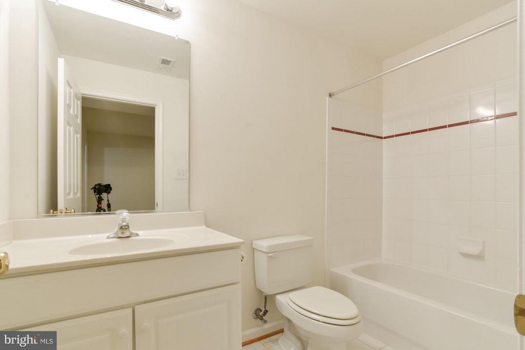 Full Bath on Lower Level - 46 ARDEN LN, STAFFORD