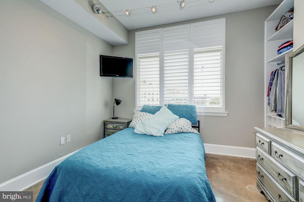 Bedroom #1 - 1000 NEW JERSEY AVE SE #1115, WASHINGTON