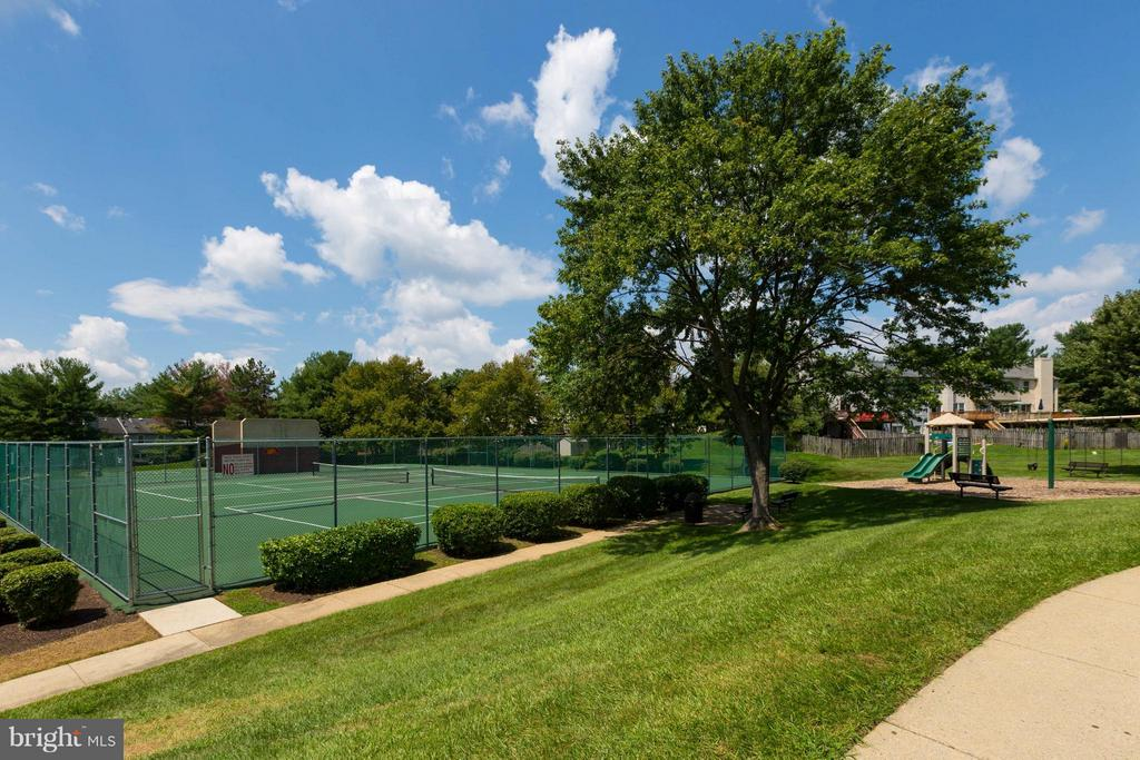 Community - 7902 BADENLOCH WAY #204, GAITHERSBURG